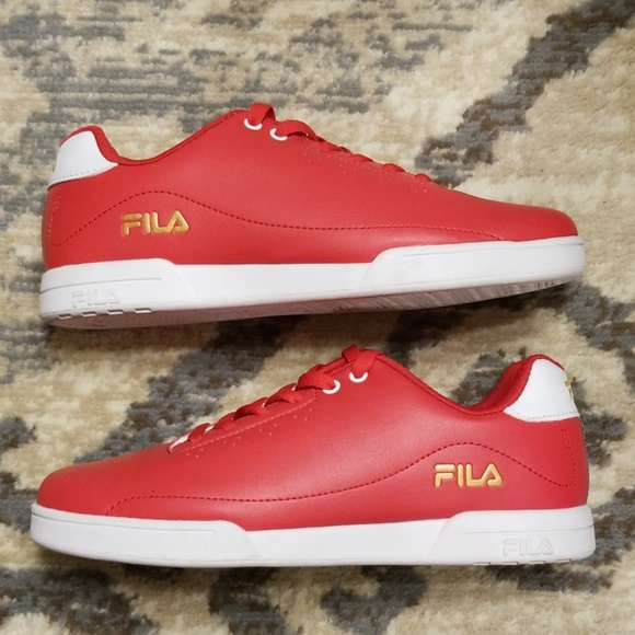 77cbb98245 Men's Fila shoes size 10 Red/with blue and red